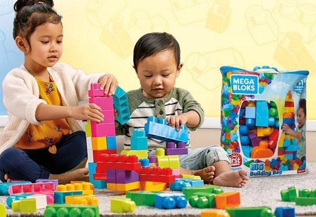 """Bina kreativiti si kecil dengan Mega Bloks Toys""""R""""Us"""